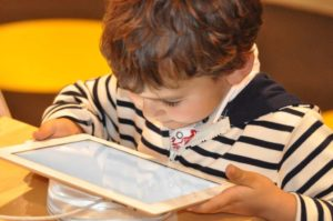 MRIs Demonstrate Link Between Screen Time And Kids' Poor Brain Development